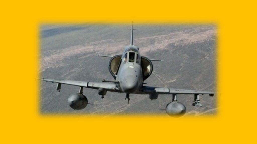 A 4AR Figthtinghawk-1