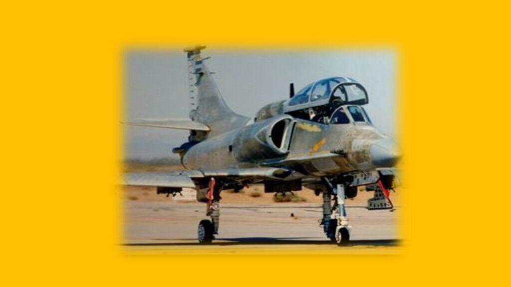 A 4AR Figthtinghawk-13