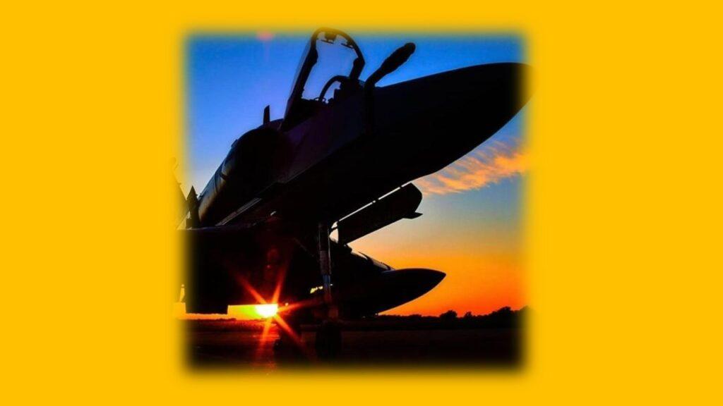 A 4AR Figthtinghawk-18