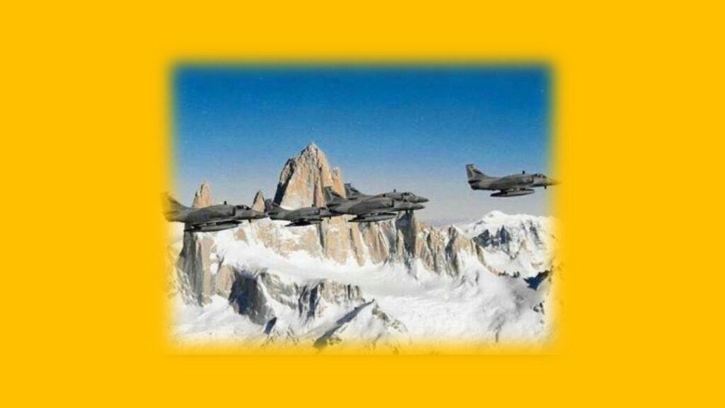 A 4AR Figthtinghawk-19