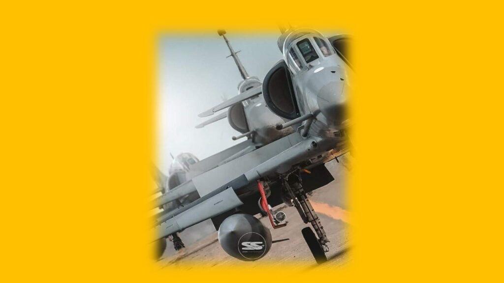 A 4AR Figthtinghawk-25