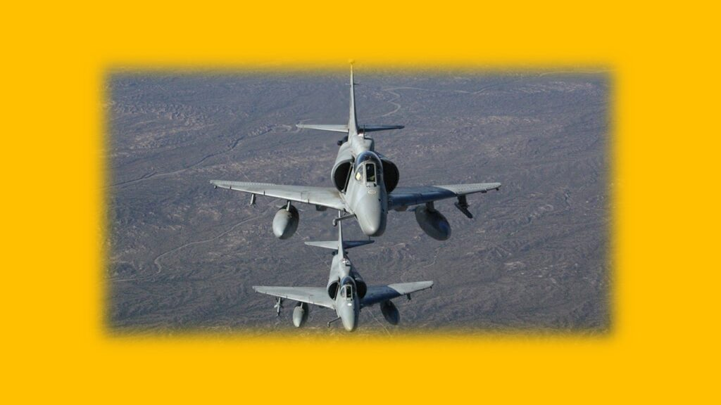 A 4AR Figthtinghawk-26