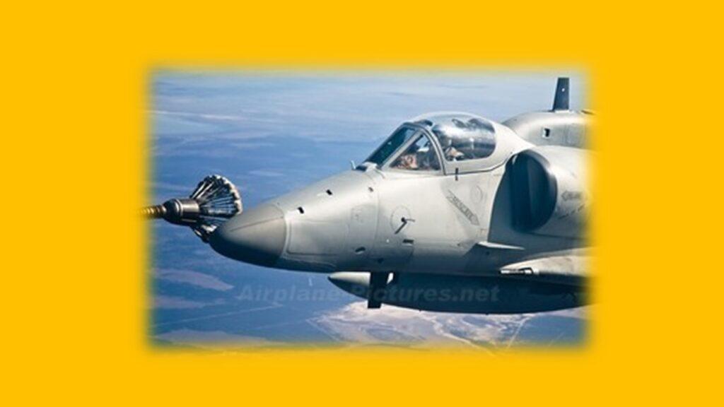 A 4AR Figthtinghawk-3