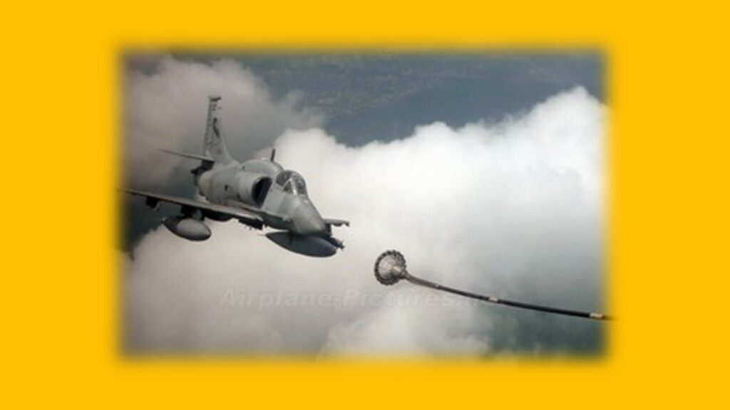 A 4AR Figthtinghawk-4