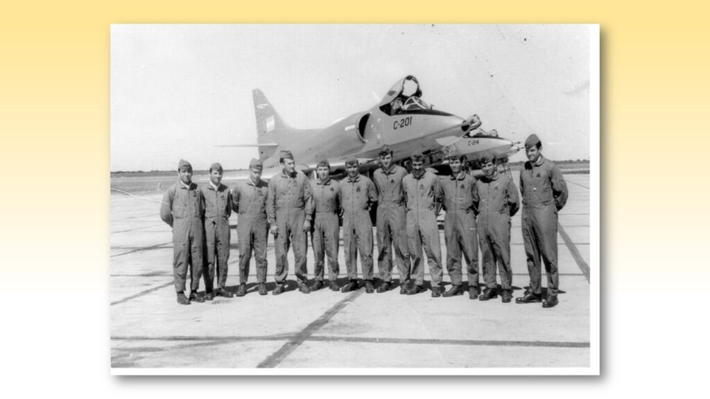 A4 B Skyhawk-10