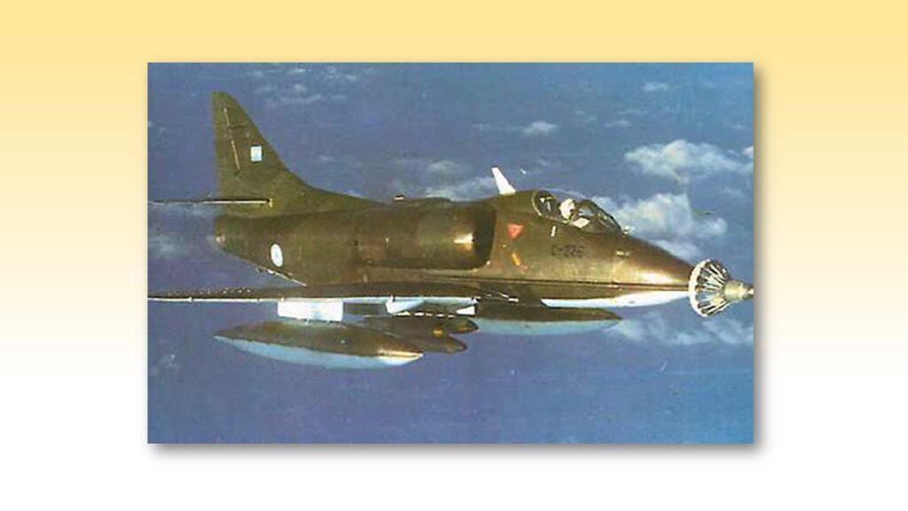A4 B Skyhawk-20