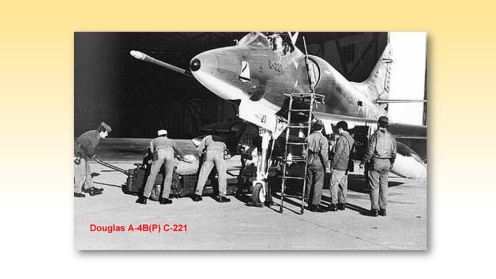 A4 B Skyhawk-23