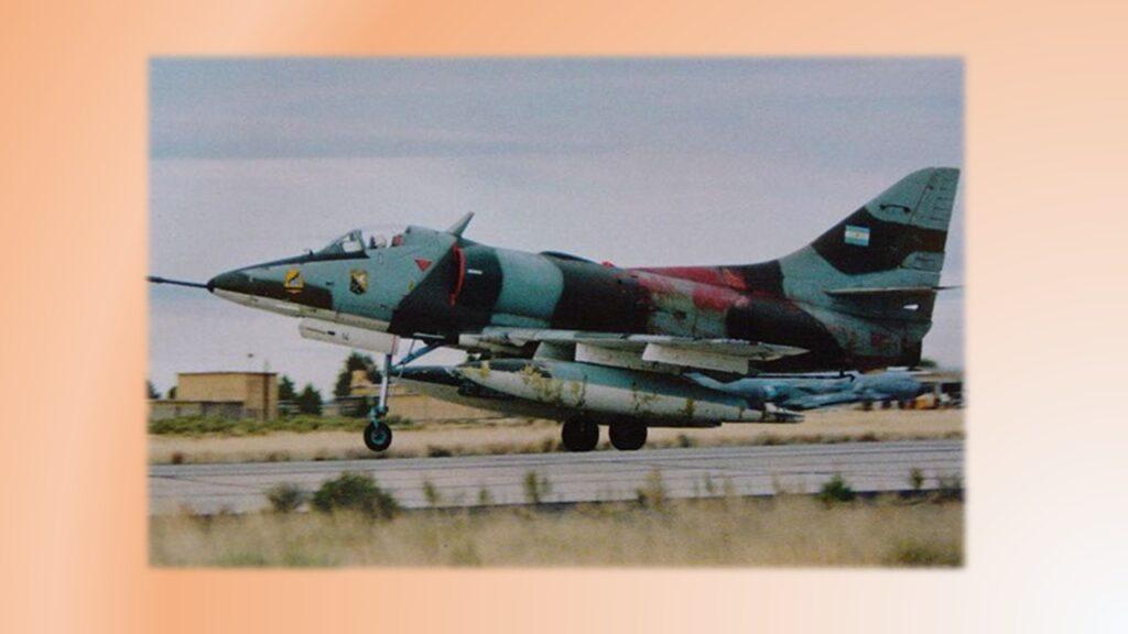 A4 C Skyhawk-30