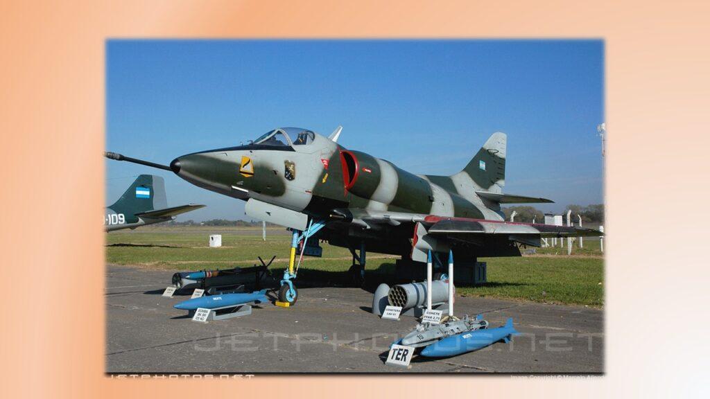 A4 C Skyhawk-7