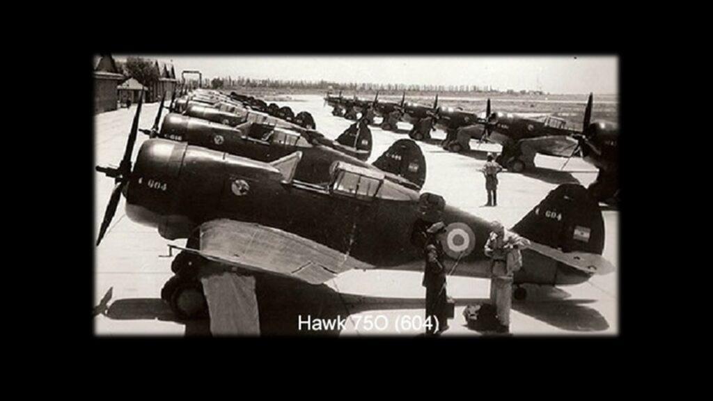 Curtiss 75 Hawk-10