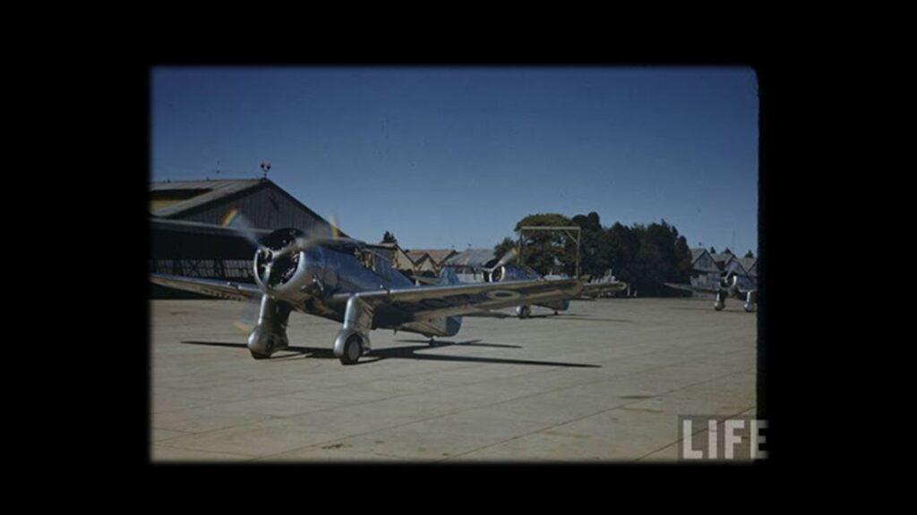 Curtiss 75 Hawk-12