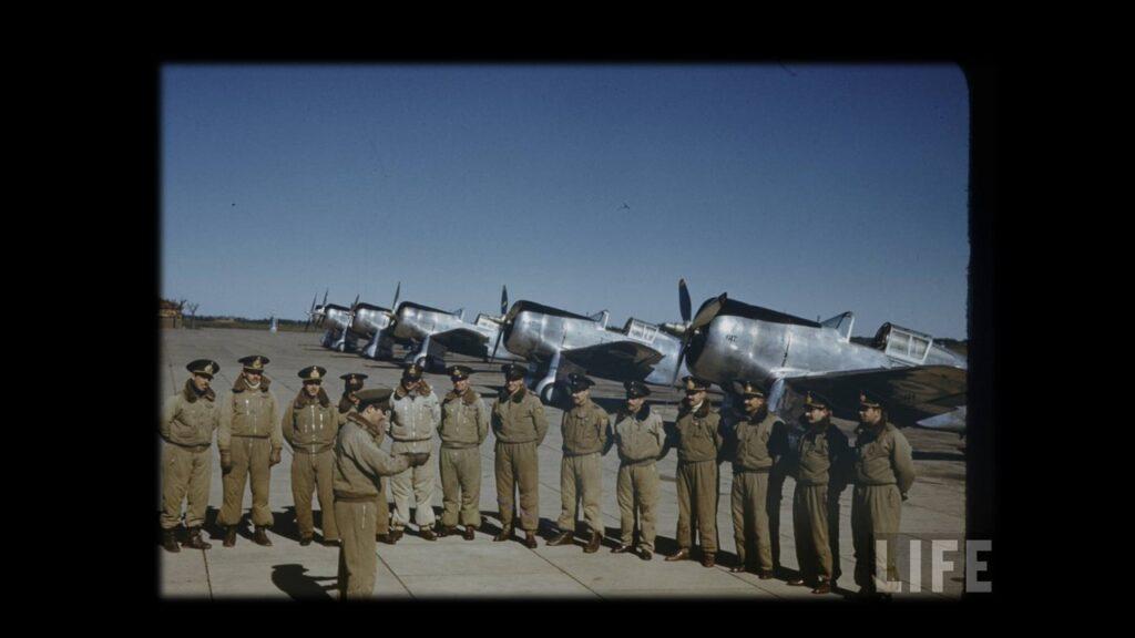 Curtiss 75 Hawk-13