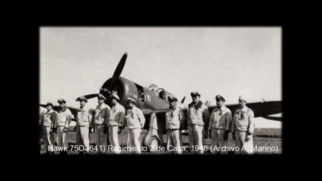Curtiss 75 Hawk-4