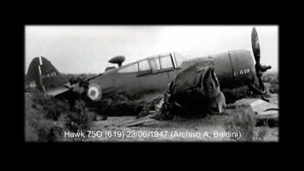 Curtiss 75 Hawk-5