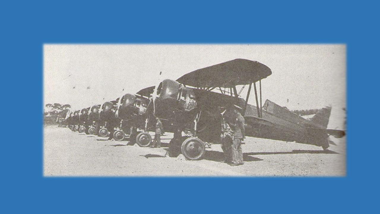Curtiss Hawk III-9
