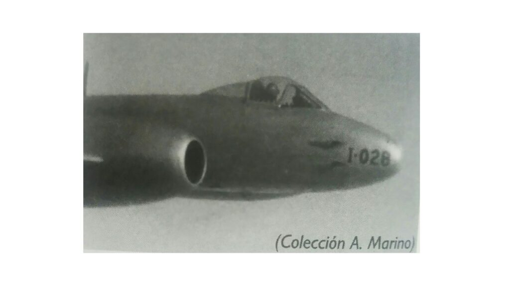 Gloster Meteor Mk IV-8