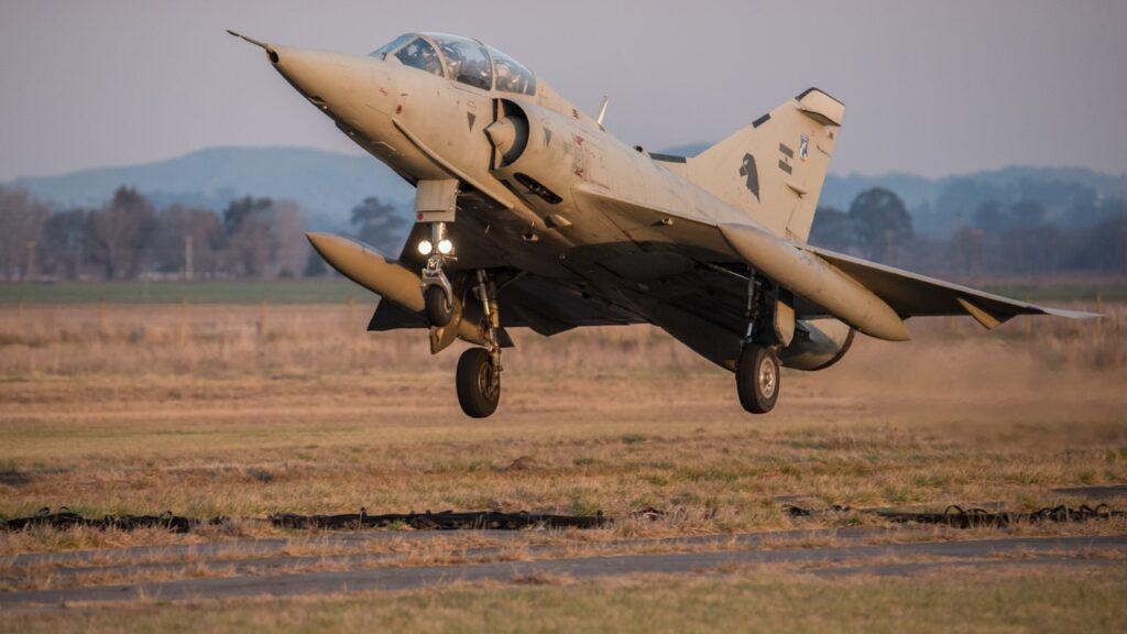 Mirage IIIEA-12
