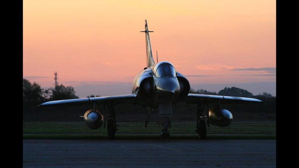 Mirage IIIEA-21