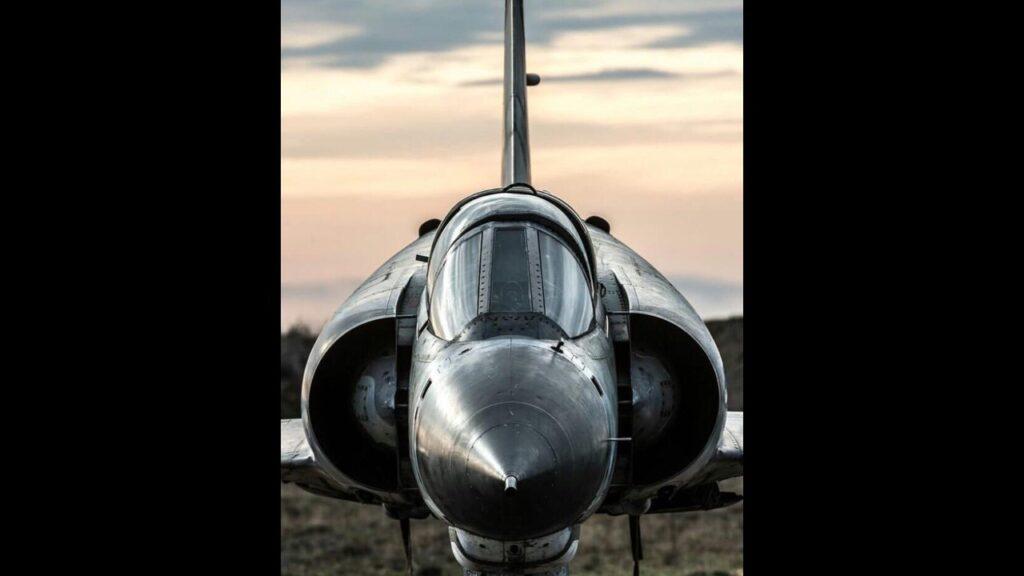 Mirage IIIEA-28