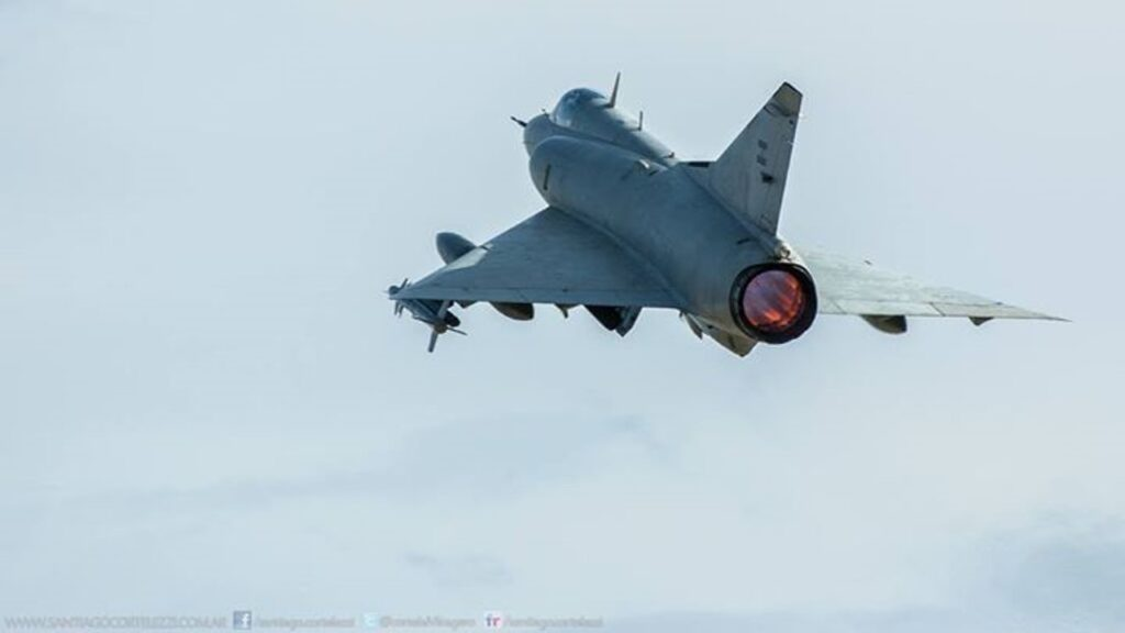 Mirage IIIEA-38