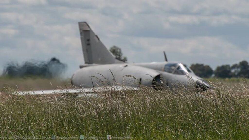 Mirage IIIEA-44