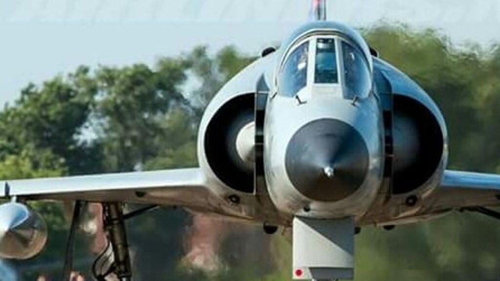 Mirage IIIEA-53