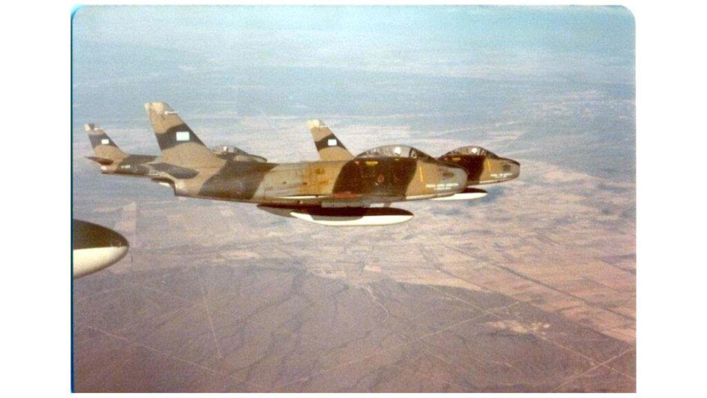 Sabre F86 F-13