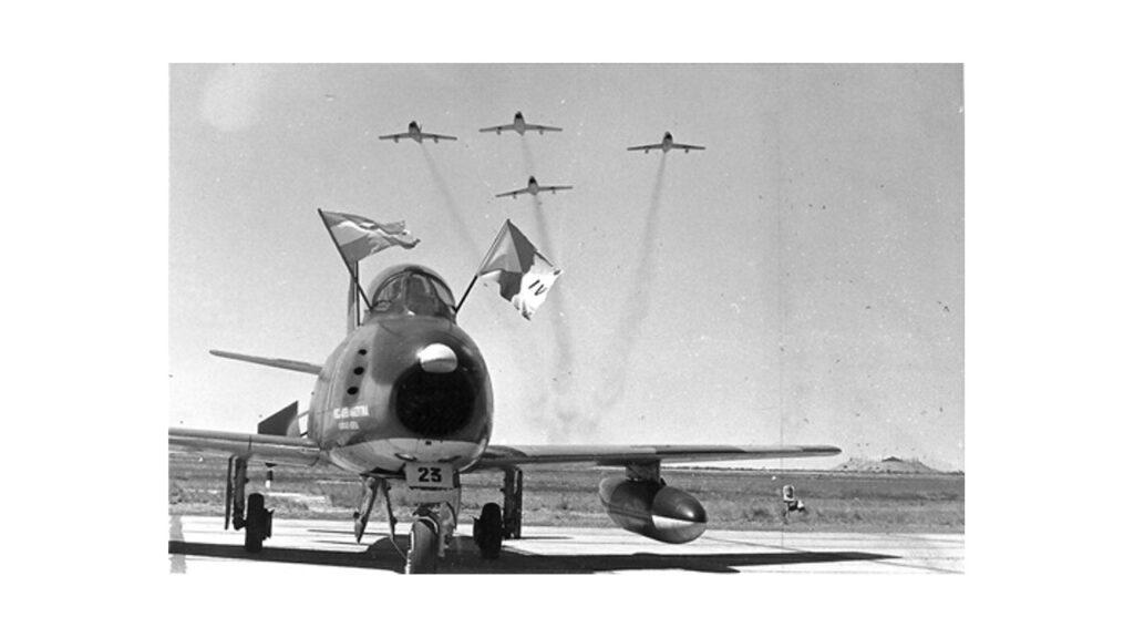 Sabre F86 F-14