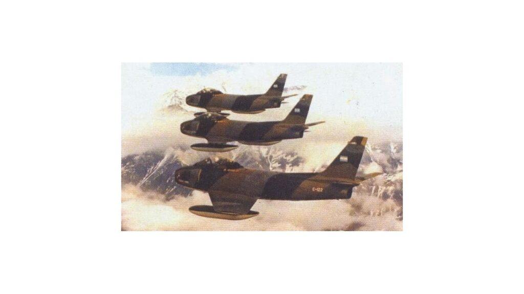 Sabre F86 F-18