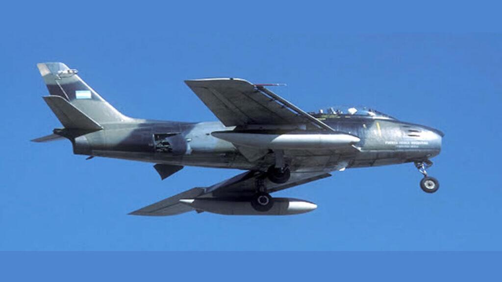 Sabre F86 F-26