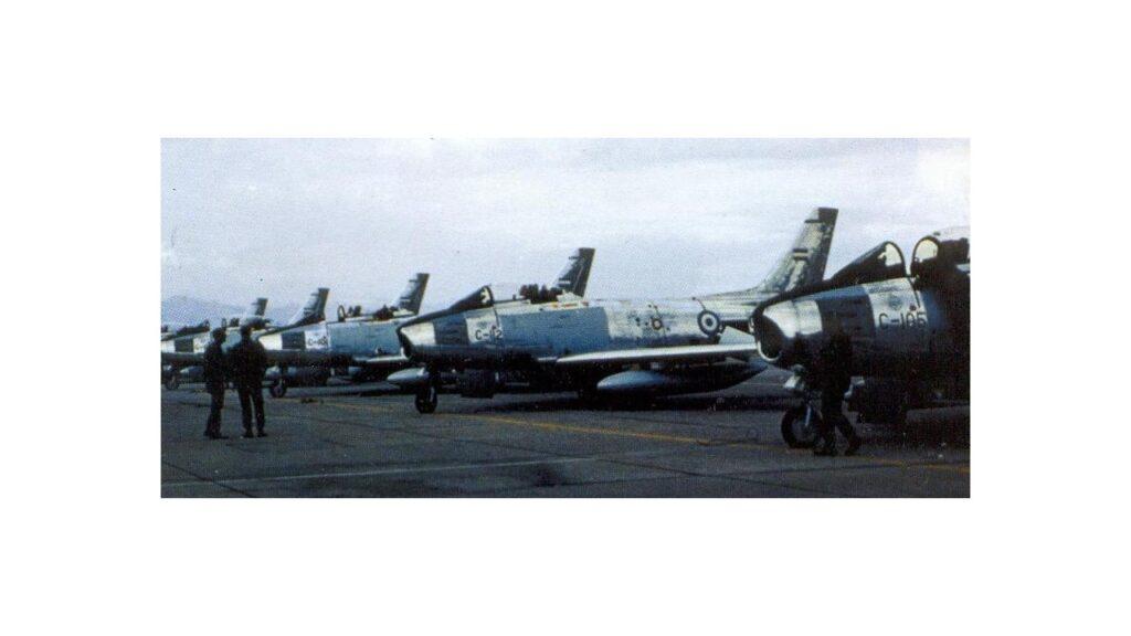 Sabre F86 F-27