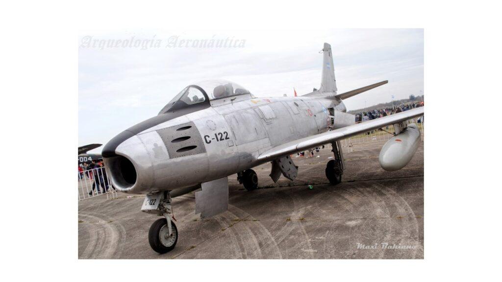 Sabre F86 F-4